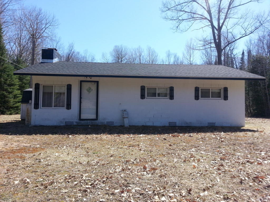 8260 Otter Trail, one of homes for sale in Alpena