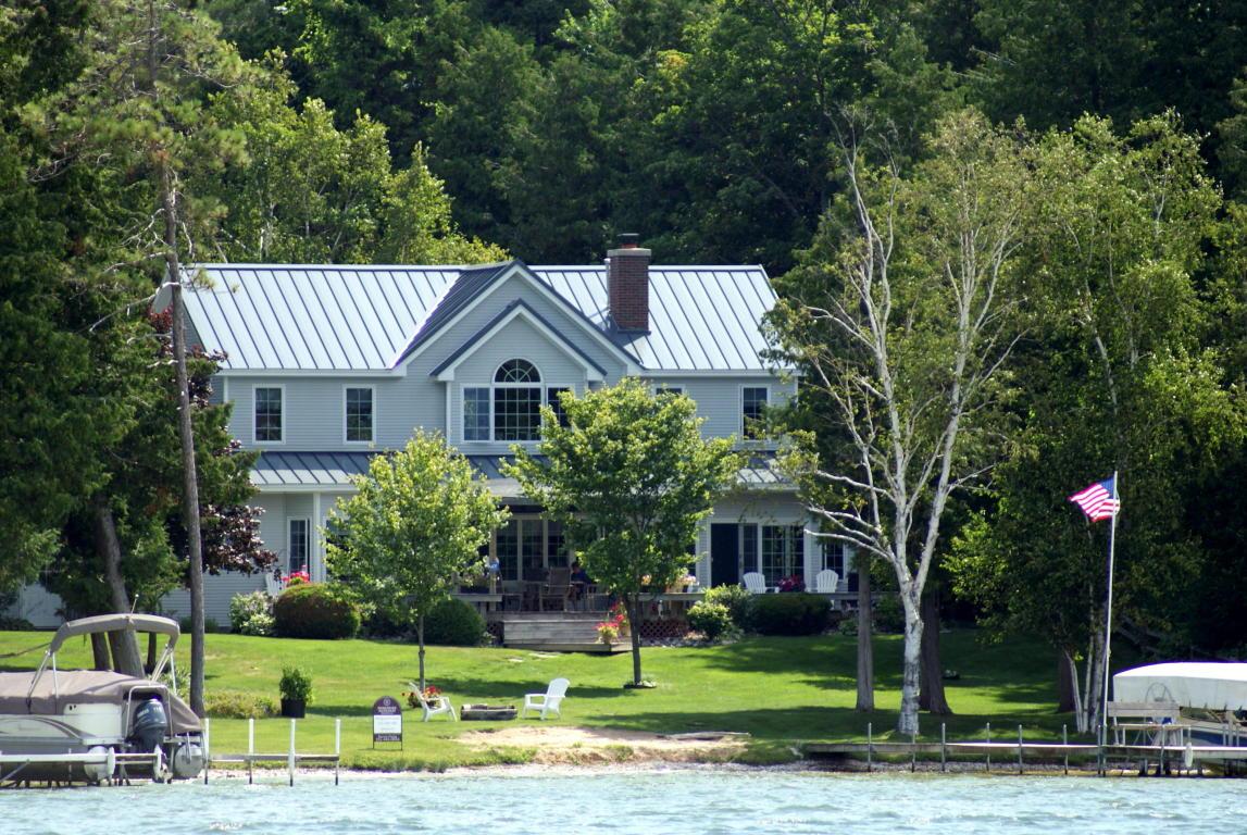 Real Estate for Sale, ListingId: 34301995, Cheboygan,MI49721