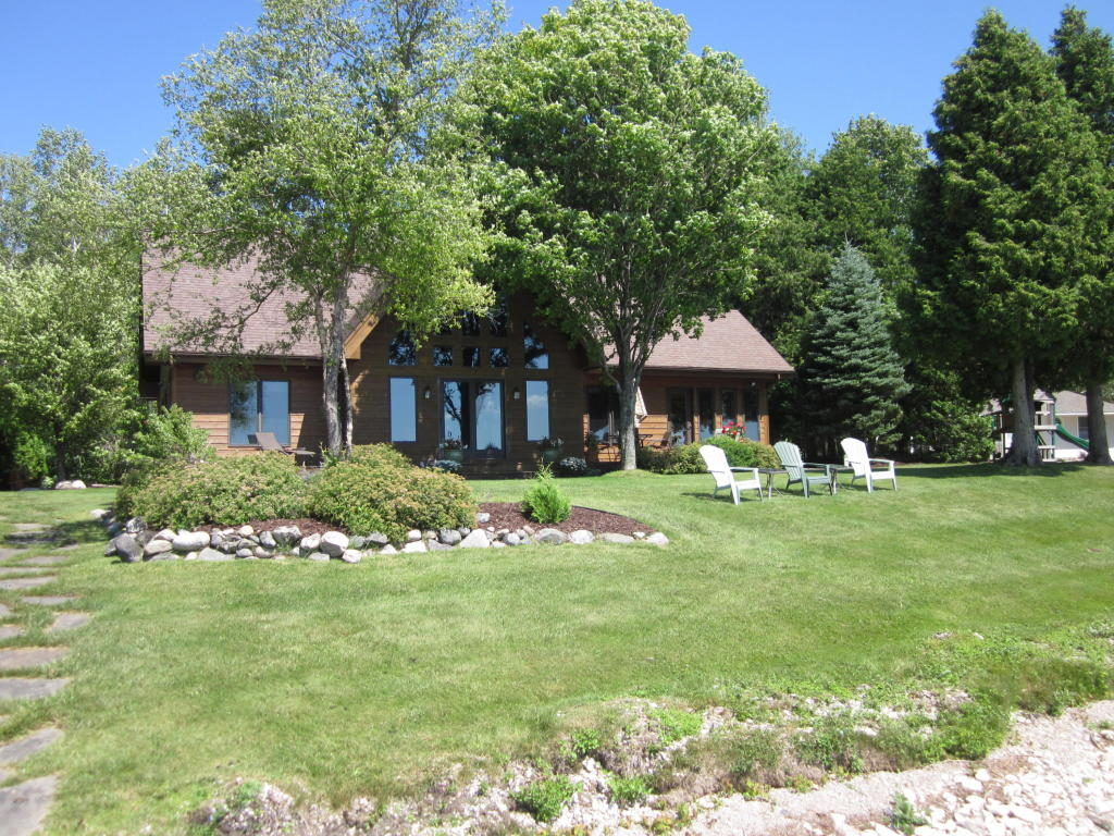 Real Estate for Sale, ListingId: 34510150, Indian River,MI49749