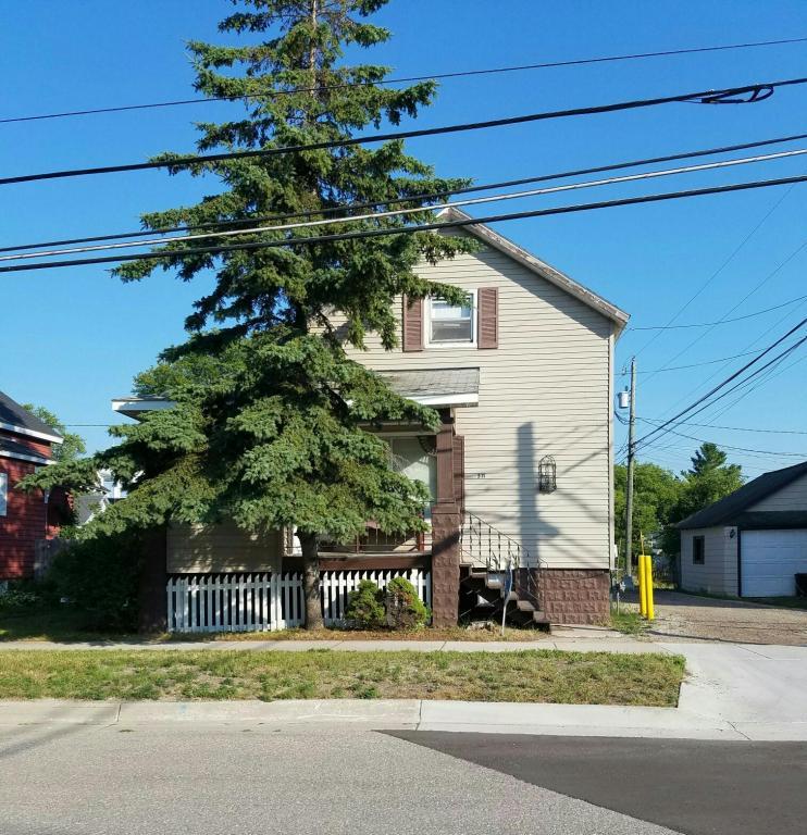 Photo of 511 Cedar Street  Alpena  MI