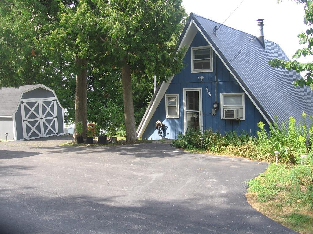 Photo of 9309 Blue Horizon Road  Presque Isle  MI