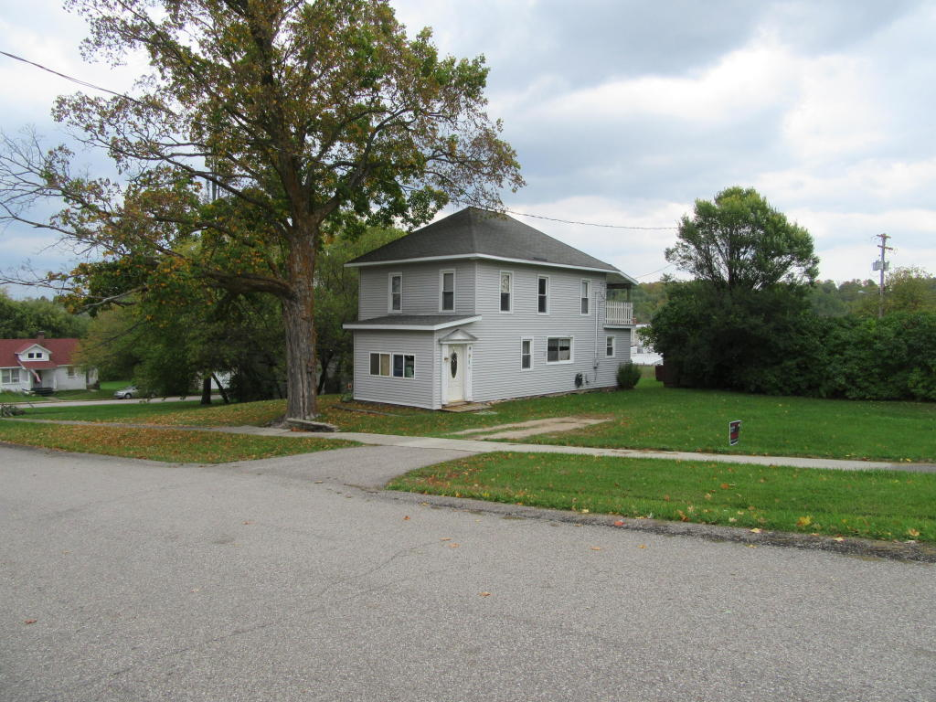 Photo of 12961 SPRUCE Street  Wolverine  MI