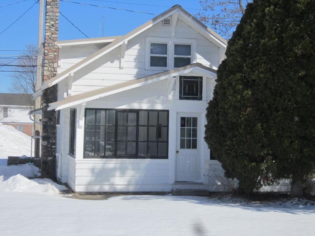 Photo of 268 N Fourth Street  Rogers City  MI