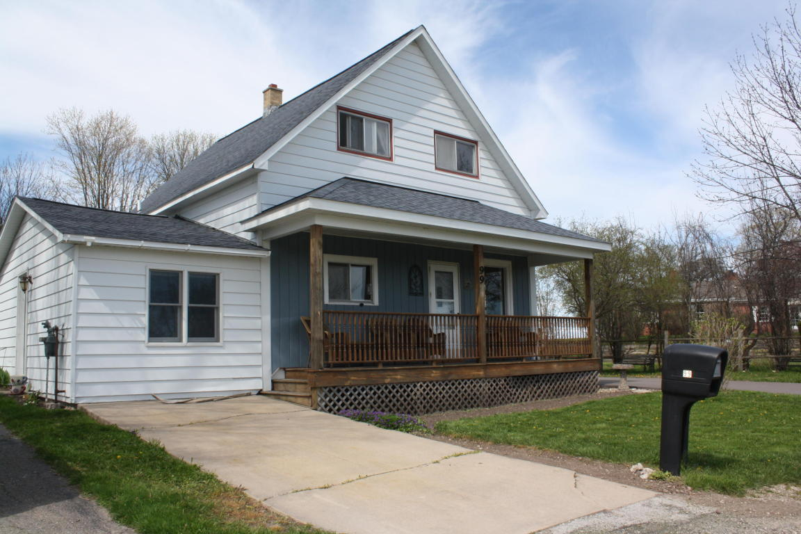 Photo of 99 Dickenson  St Ignace  MI