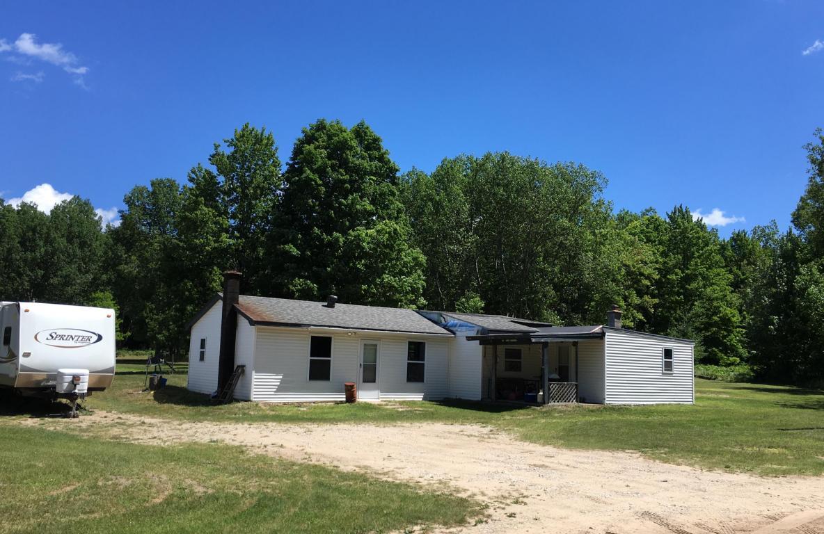Photo of 6377 Whitehouse Trail  Vanderbilt  MI