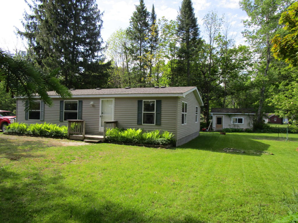 Photo of 6284 West Street  Alanson  MI