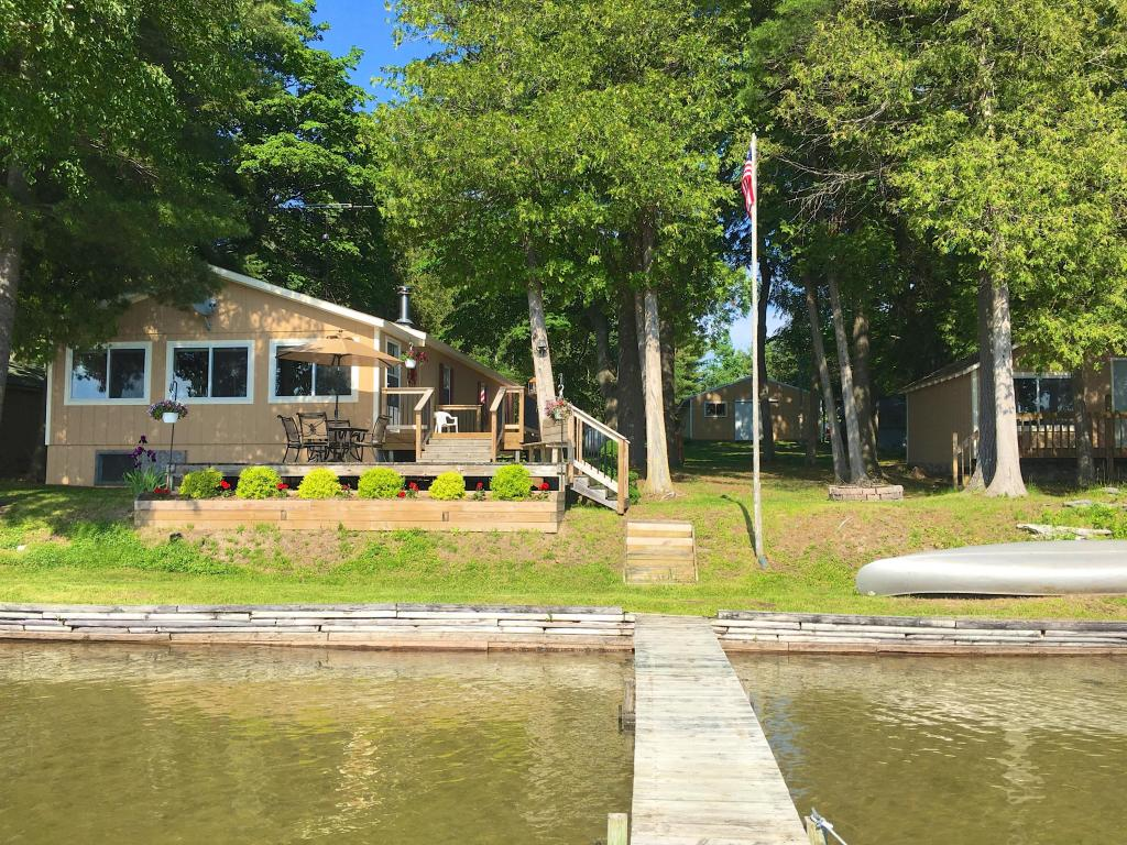 Photo of 10421 E Munro Lake Drive  Levering  MI