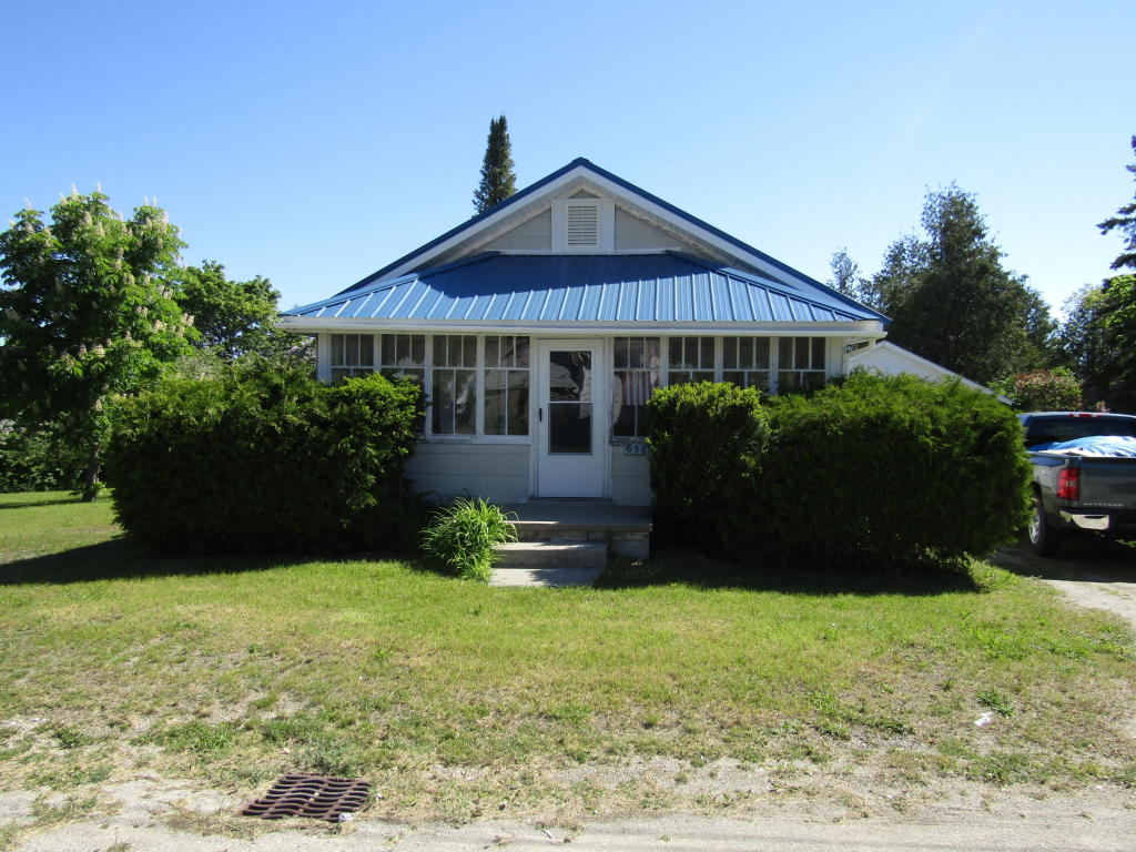 Photo of 656 Lake Street  Rogers City  MI