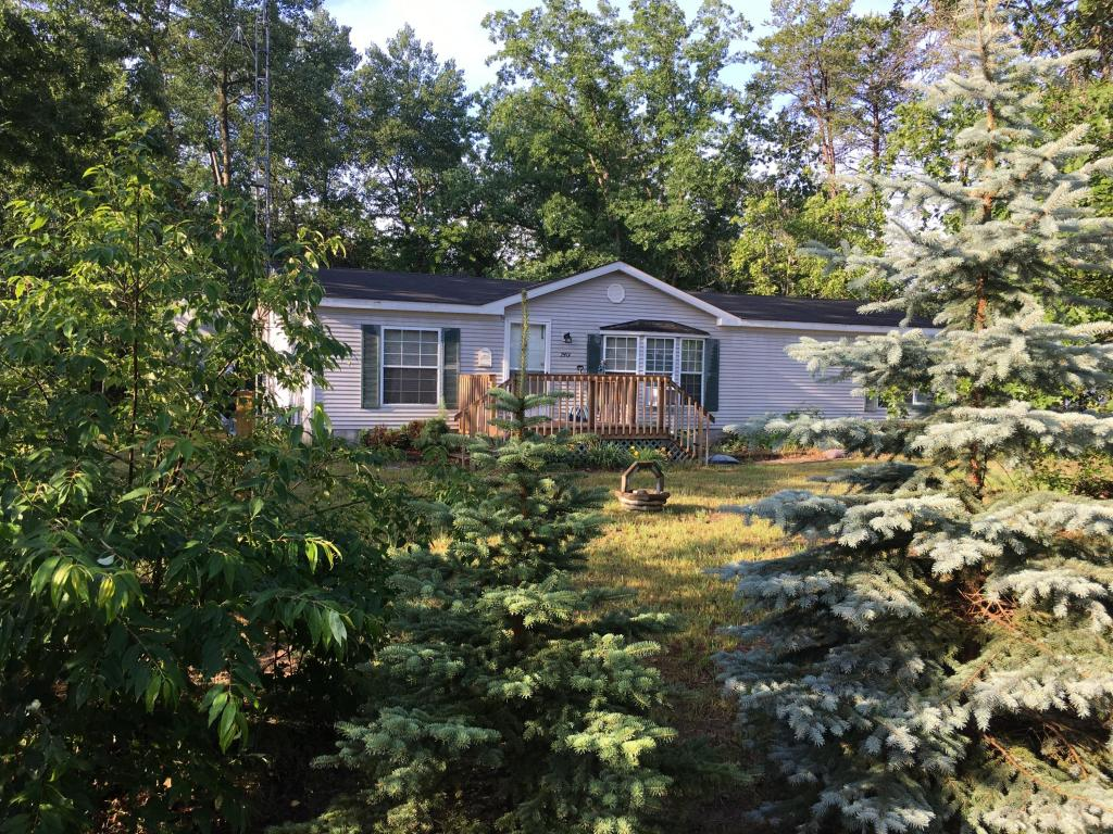 Photo of 7401 Wildwood Road  Indian River  MI