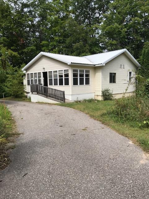 Photo of 4292 Commanchee Road  Indian River  MI