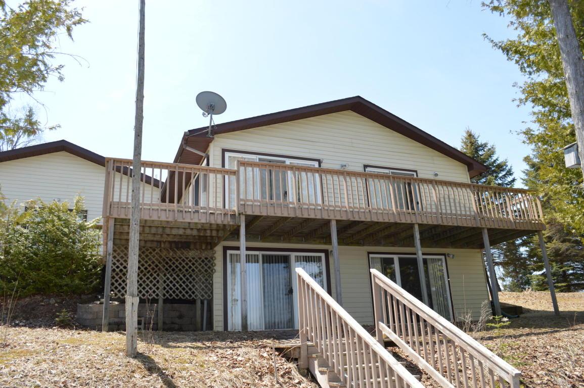 5540 Chestnut Drive, Cheboygan, Michigan