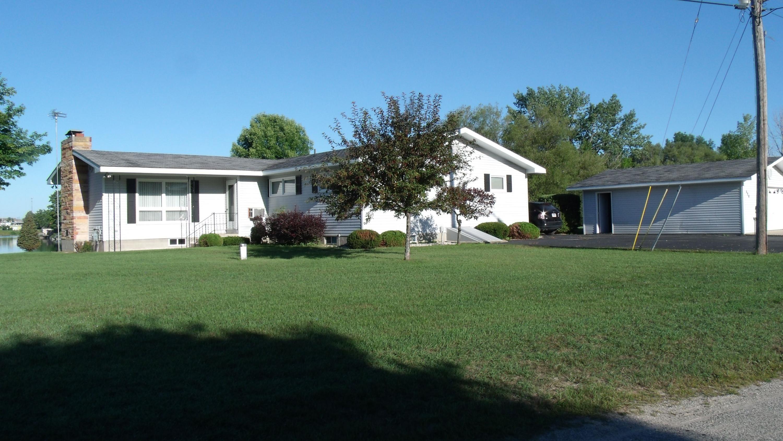 520 BAYVIEW Drive, Cheboygan, Michigan