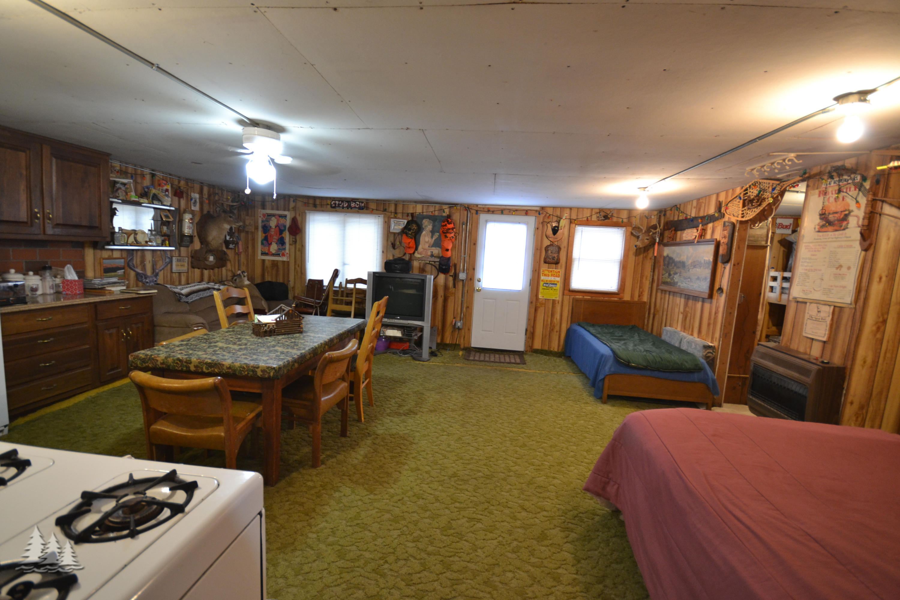10099 Camp 8 Road - photo 13