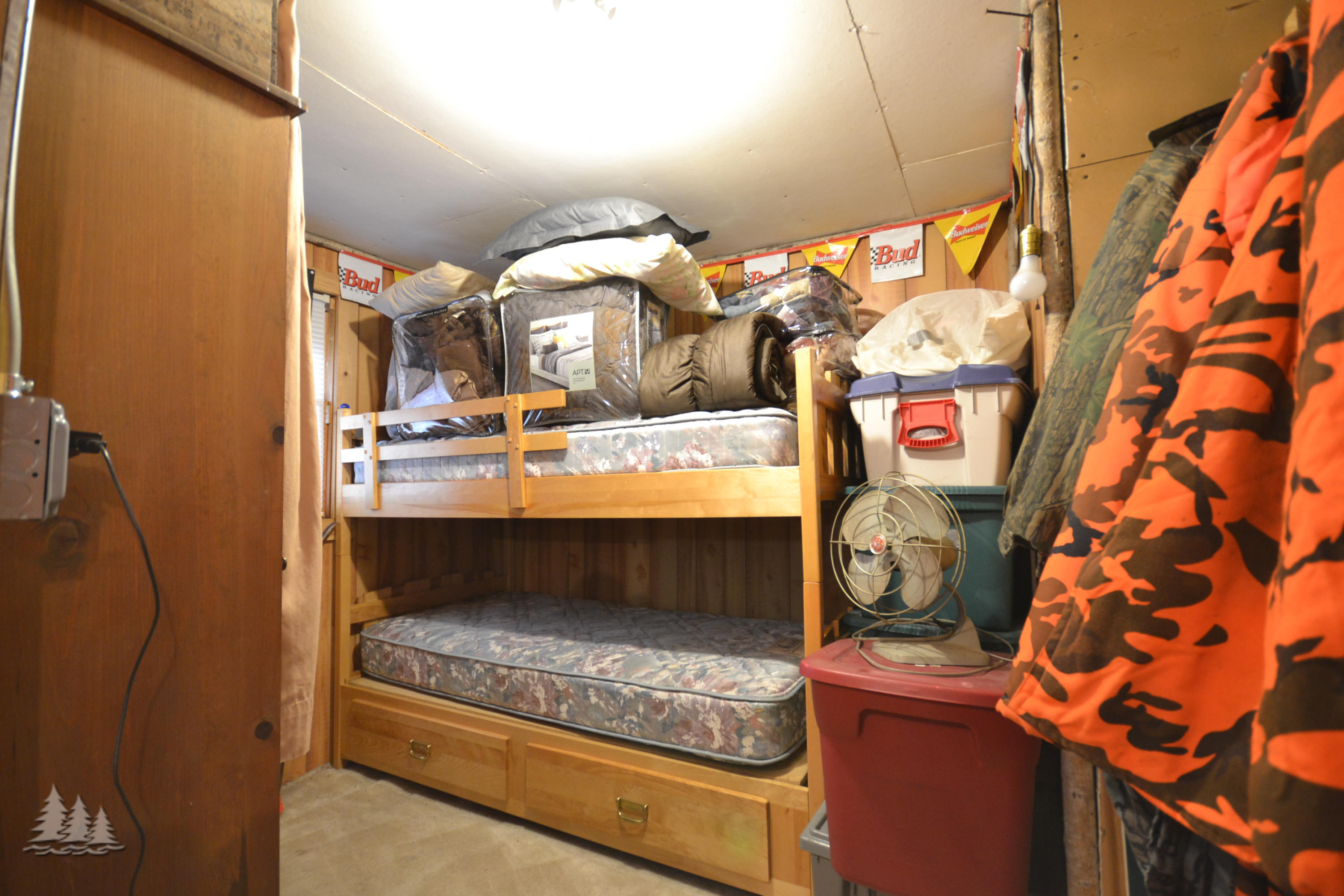 10099 Camp 8 Road - photo 17