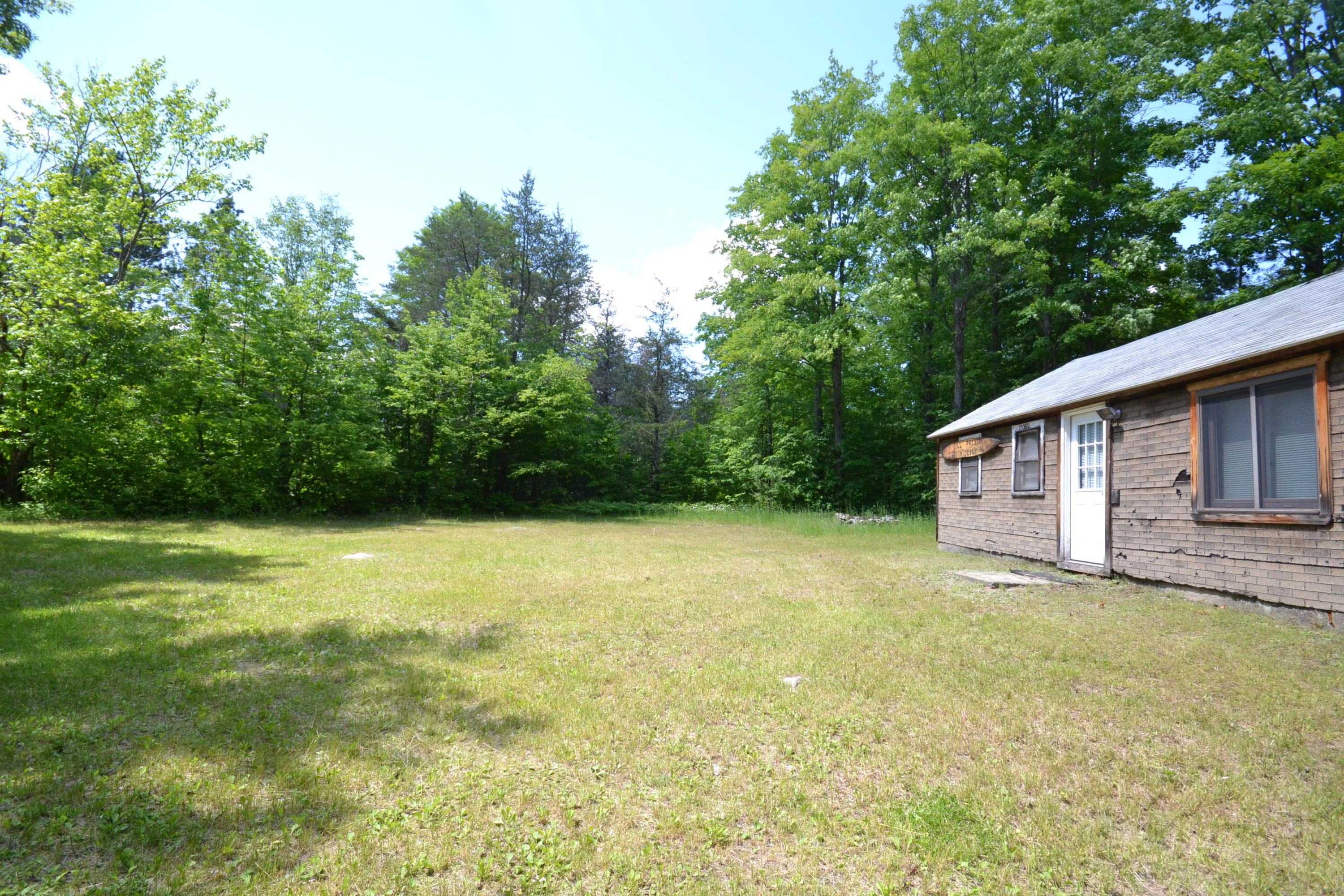 10099 Camp 8 Road - photo 1
