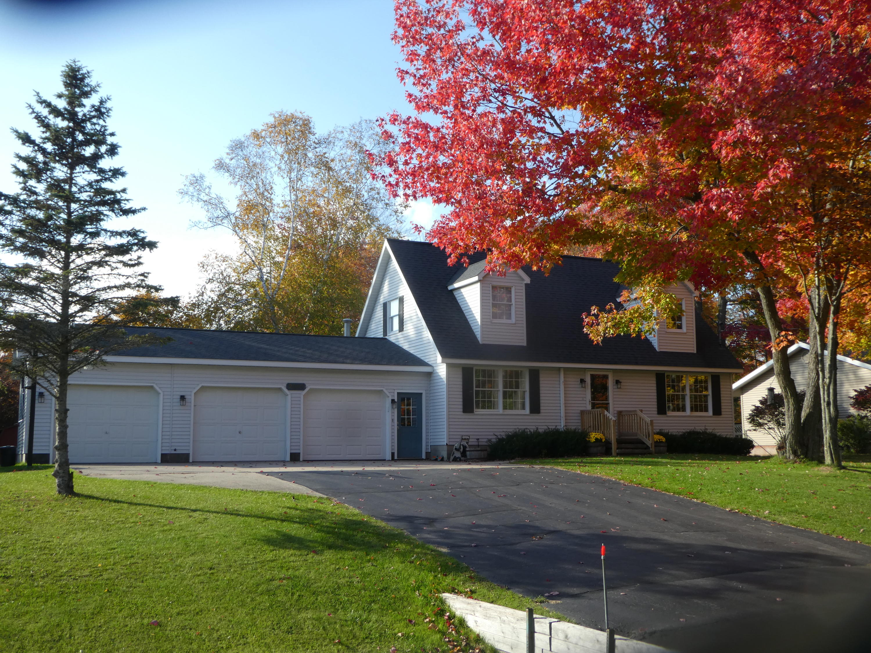 2345 Sandy Lane, Alpena, Michigan